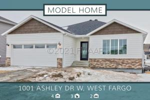 1001 ASHLEY Drive W, Fargo, ND 58104