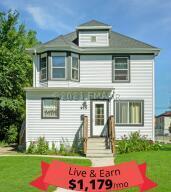 915 BROADWAY Street N, Fargo, ND 58102