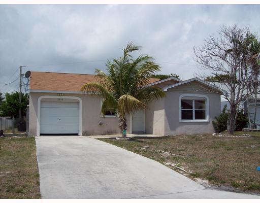 5722 SE Mitzi Lane, Stuart, FL 34997 - Olga Delbusto Realtor