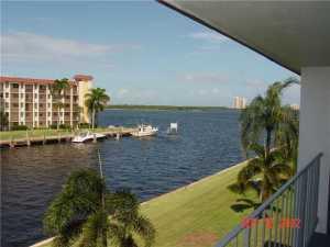 111 Shore Court, 303, North Palm Beach, FL 33408