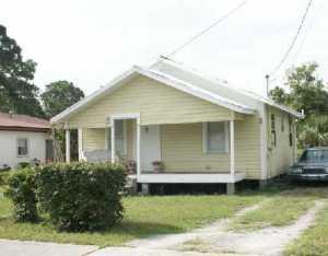 2705 AVENUE I, Fort Pierce, FL 34947