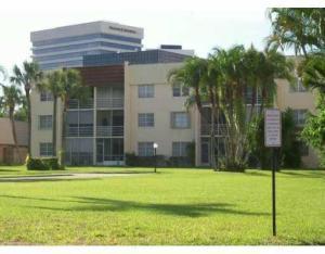 1630 Embassy Drive, 207, West Palm Beach, FL 33401