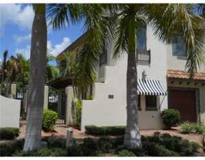 310 Via Villagio, Hypoluxo, FL 33462