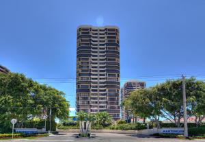 4000 N Ocean Drive, Singer Island, FL 33404