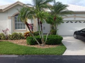 296 Canterbury Drive E, Palm Beach Gardens, FL 33418