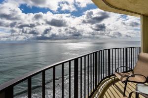 5420 N Ocean Drive Unit: 2201, Singer Island, FL 33404