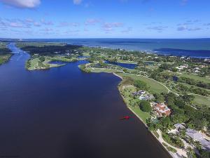 36 Riverview Road, Hobe Sound, FL 33455