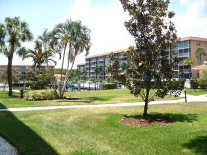 Walk to heated saltwater pool, boat docks, & harbor. Scenic private setting
