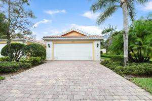 5047 Magnolia Bay Circle, Palm Beach Gardens, FL 33418