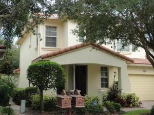 619 Castle Drive, Palm Beach Gardens, FL 33410