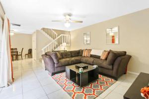 533 5th Terrace, Palm Beach Gardens, FL 33418