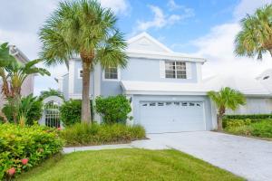 8 Elgin Lane, Palm Beach Gardens, FL 33418