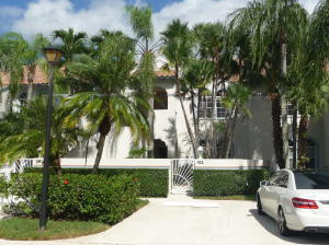 102 Ryder Cup Circle, Palm Beach Gardens, FL 33418
