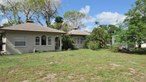 1517 N Lakeside Drive, Lake Worth, FL 33460