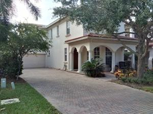 490 Leaf Drive, Palm Beach Gardens, FL 33410