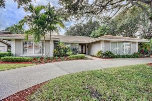 3500 Pine Lake Court, Delray Beach, FL 33445