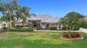 71 Dunbar Road, Palm Beach Gardens, FL 33418