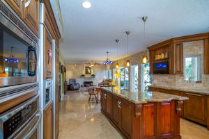 923 Dogwood Drive, Delray Beach, FL 33483