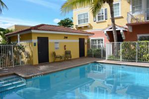 295 NE 5th Avenue, 27, Delray Beach, FL 33483