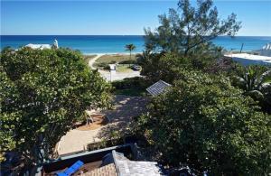 610 N Ocean Boulevard, Delray Beach, FL 33483
