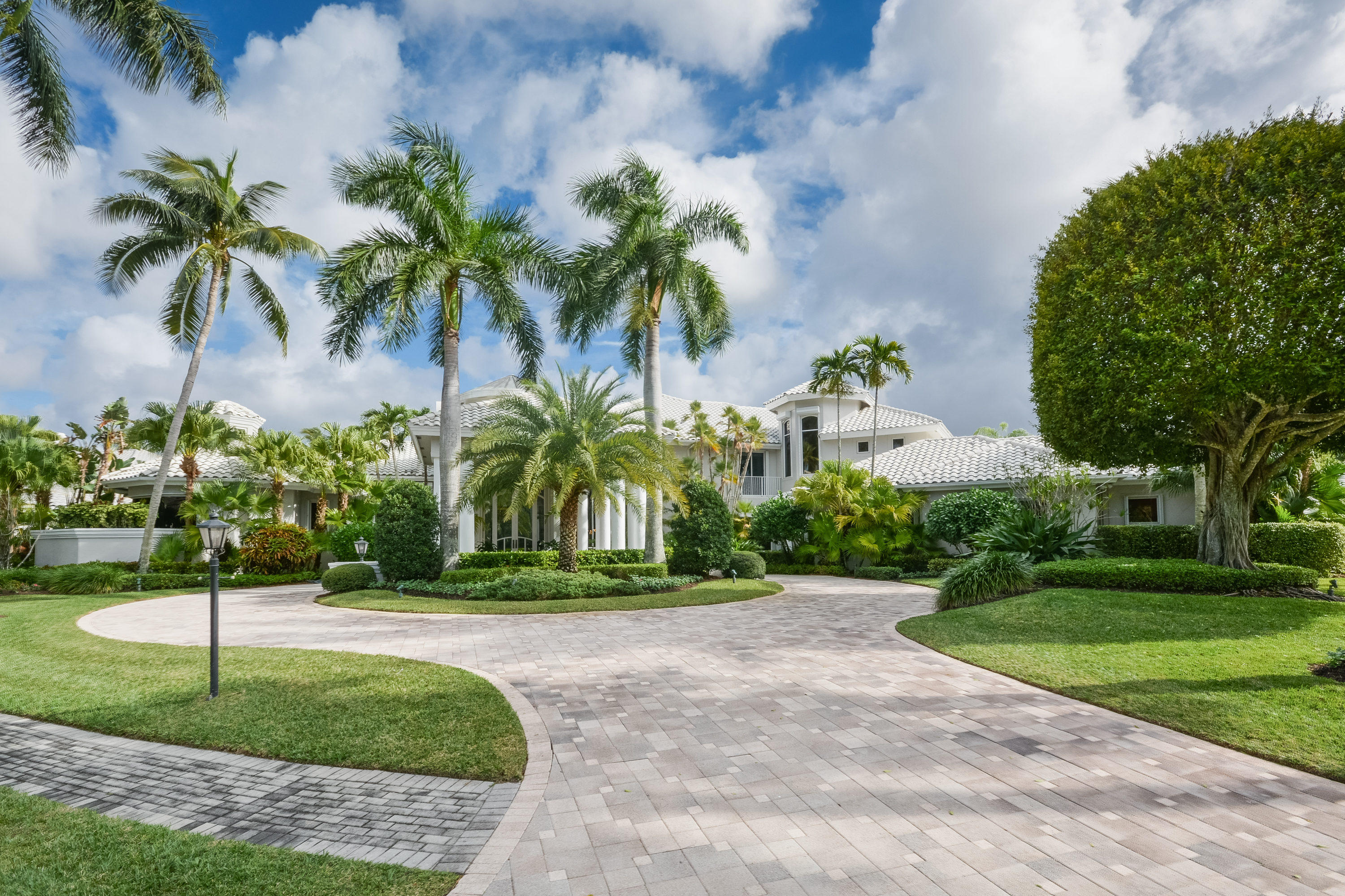 17726 Lake Estates Drive, Boca Raton, Florida 33496, 5 Bedrooms Bedrooms, ,5.1 BathroomsBathrooms,Single Family,For Sale,ST ANDREWS COUNTRY CLUB,Lake Estates,RX-10289713