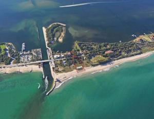 3070 Ocean Boulevard, Manalapan, FL 33462