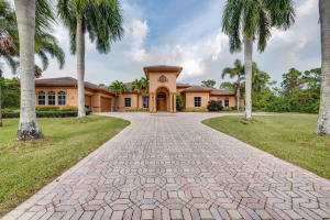 8245 Country Estates Way, Jupiter, FL 33458