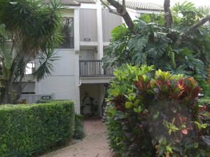 809 Bridgewood Place, Boca Raton, FL 33434