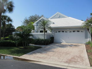26 Elgin Lane, Palm Beach Gardens, FL 33418