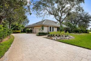 57 Dunbar Road, Palm Beach Gardens, FL 33418