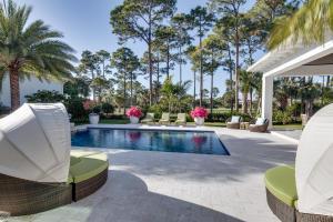 12129 Plantation Way, Palm Beach Gardens, FL 33418