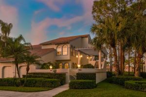 104 Ryder Cup Circle, Palm Beach Gardens, FL 33418