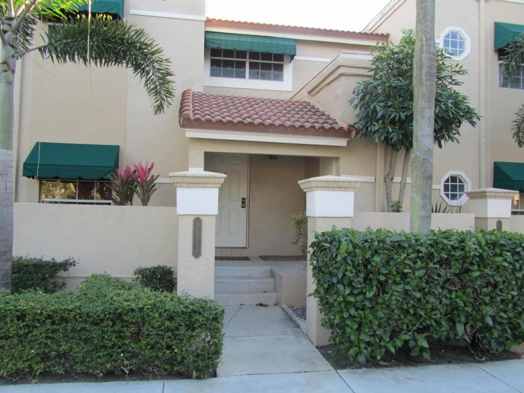 6516 Via Regina Boca Raton, FL 33433