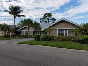 10450 Jupiter Narrows Drive, Hobe Sound, FL 33455