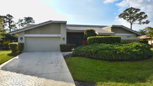 701 Lakewoode Circle W, Delray Beach, FL 33445