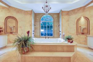1208 Master Bath