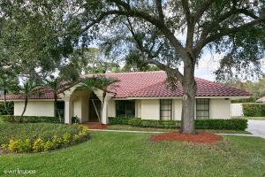 97 Dunbar Road E, Palm Beach Gardens, FL 33418