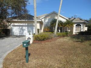 38 Cayman Place, Palm Beach Gardens, FL 33418