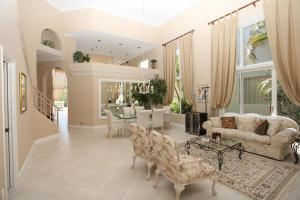 16842 Knightsbridge Lane, Delray Beach, FL 33484