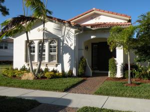 47 Stoney Drive, Palm Beach Gardens, FL 33410