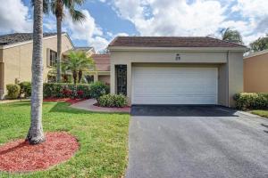 25 Balfour Road, Palm Beach Gardens, FL 33418
