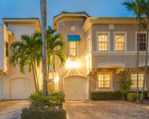 203 Resort Lane, Palm Beach Gardens, FL 33418