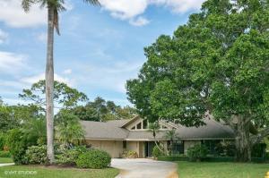 6549 Eastpointe Pines Street, Palm Beach Gardens, FL 33418