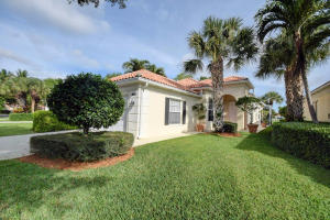 4678 Hammock Cr, Delray Beach, FL 33445