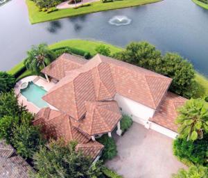 135 Pembroke Drive, Palm Beach Gardens, FL 33418