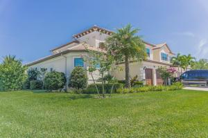 230 Gardenia Isles Drive, Palm Beach Gardens, FL 33418