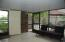 covered screened patio