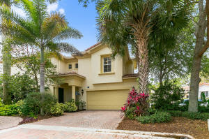 520 Tomahawk Court, Palm Beach Gardens, FL 33410