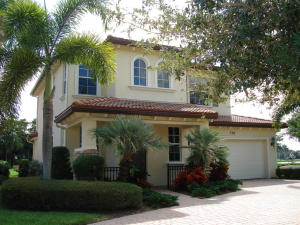 700 Duchess Court, Palm Beach Gardens, FL 33410