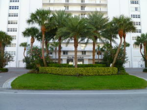 Direct Oceanfront Building-right on the sand in Boca Raton!
